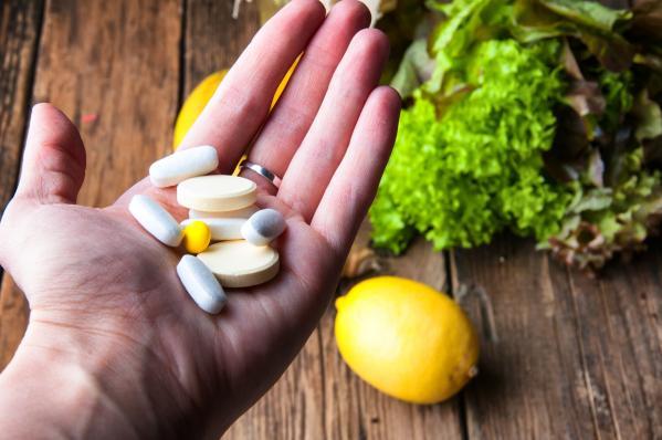 10 mituri legate de suplimentele alimentare